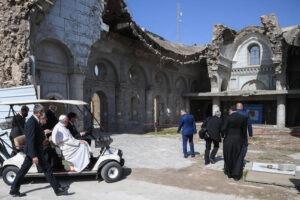 Lo sguardo del Papa da Mosul, indimenticabile messaggio di speranza