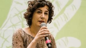Attacchi ai giornalisti in Europa, Italia maglia nera. E in Calabria Alessia Truzzolillo viene strattonata da un carabiniere
