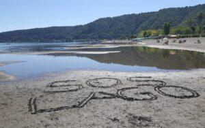 Ambiente. Il lago di Bracciano rischia l'inquinamento totale. Con intervista a Loreto Rossi, Ordinario di Ecologia a La Sapienza