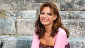 """Teatro Vittoria. Elena Bonelli in """"Roma, io ti racconto e canto. 150 anni di storie di vita della capitale"""""""
