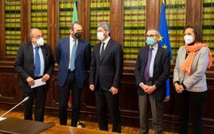 Fnsi e Articolo 21 incontrano il Presidente della Camera, Fico. «Con il precariato non può esserci informazione libera»