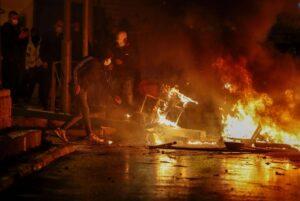 Israele: incendio doloso