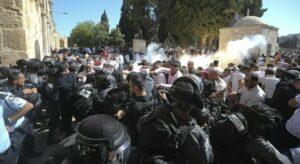 Scontri e provocazioni a Gerusalemme Est. Urge una politica di pace e il riconoscimento dei diritti negati ai palestinesi