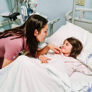 Una cura per Elena, unica affetta in Italia dalla malattia rara NUPBL. La mamma lancia una campagna per aiutare la ricerca