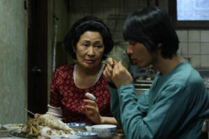 """Arriva in sala """"Madre"""" del regista Palma d'oro, vincitore di quattro Oscar"""