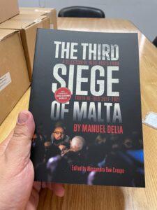"""""""The Third Siege of Malta"""". Il nuovo libro di Manuel Delia contro mafia e corruzione"""