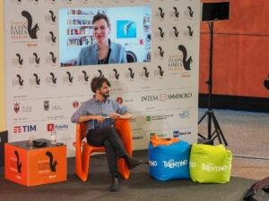 """L'economista Mariana Mazzucato in """"Missione"""" con Pietro Del Soldà al Festival dell'Economia di Trento. 4 giugno 2021"""