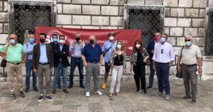 «L'informazione libera non può essere precaria, serve una legge di sistema» Presidio dei giornalisti a Venezia con Cgil, Cisl e Uil