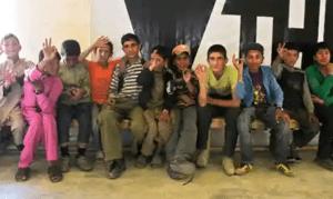Afghanistan, un mondo di ragazzini abbandonati all'orrore