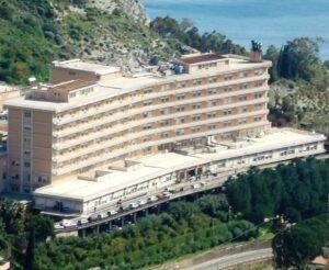 Sanità (e rifiuti) a Taormina. L'eccellenza abbandonata