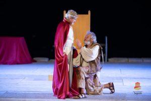 """""""Muoiano fede, lealtà e diritto"""". Nel Tieste di Seneca l'orrore e l'abiezione del Potere assoluto"""