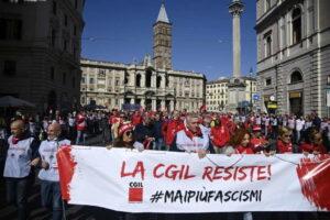 L'anti-fascismo è vivo ma ora serve la politica