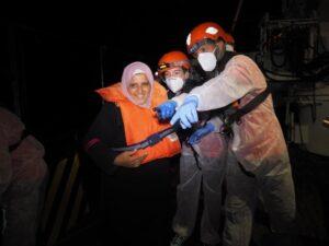La Resq People effettua un soccorso notturno: salvate 59 persone, tra cui donne e minori