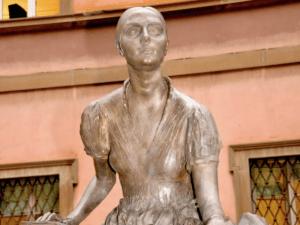 """In Italia ci sono troppo poche sculture dedicate alle grandi donne: ecco perché è nato il progetto""""Monumenti alle donne!"""""""